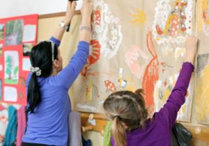 Piuculture è un'associazione di volontariato che si occupa di insegnamento dell'italiano per stranieri nelle scuola del Municipio II di Roma